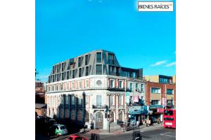 32. Reconversión de un edificio bancario de 100 años